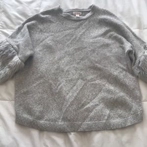 Kids large grey sweater with faux fur cuffs